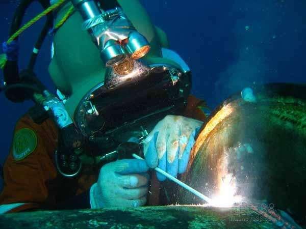 水下切割的起割点一般是从哪里开始